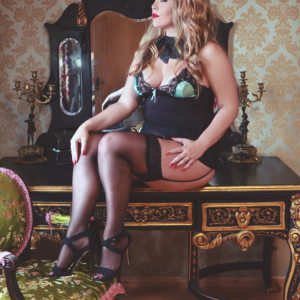 luxury boudoir experience